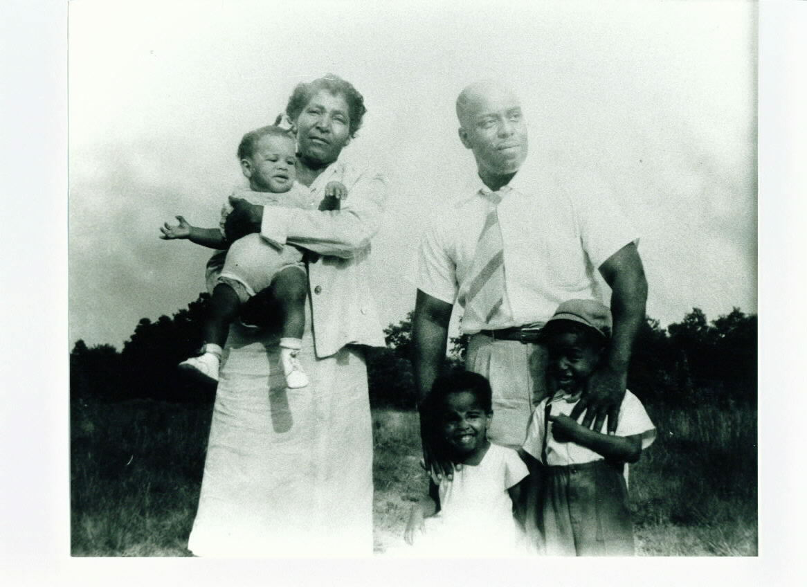 Viola Harris with Relatives